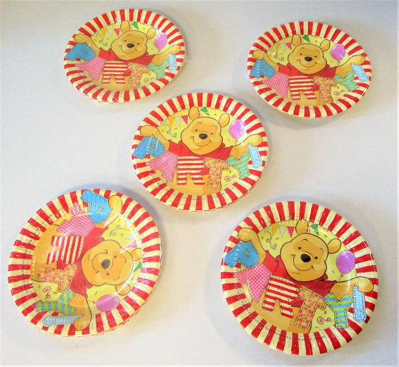 Disney Winnie The Pooh Pack of 40 Paper Plates 20 cm - Party Tableware