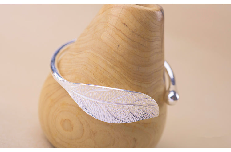 Leaf Charm Bangle,live-better-living,Silver Baroque,