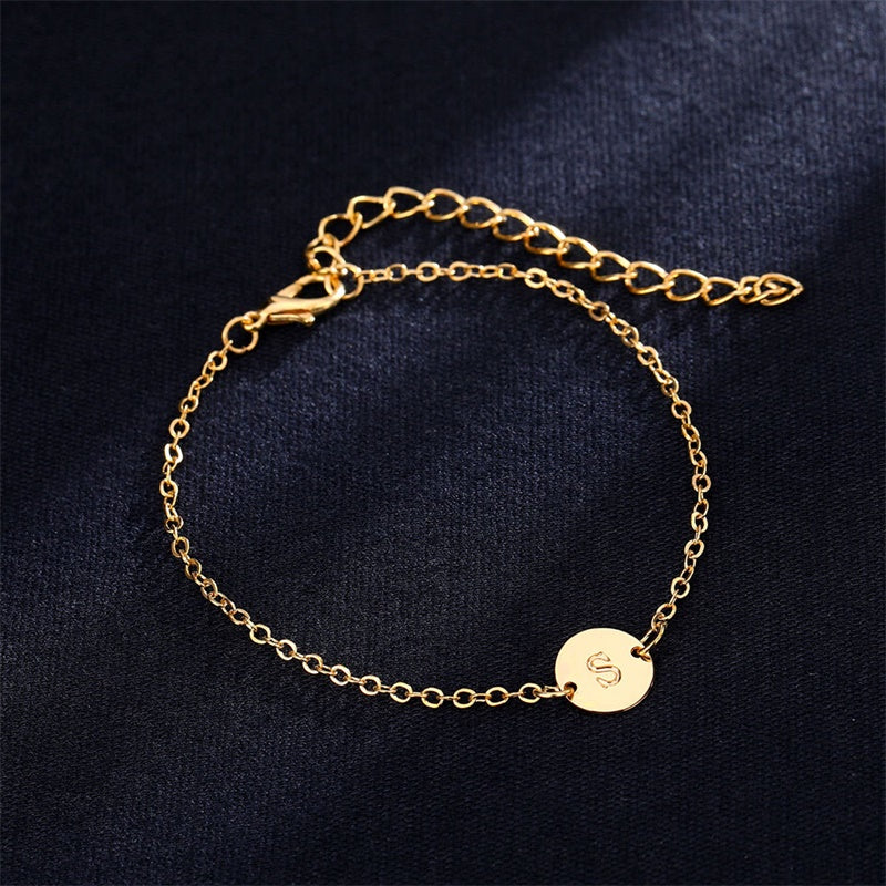 FASHIONABLE GOLD COLOUR BRACELET