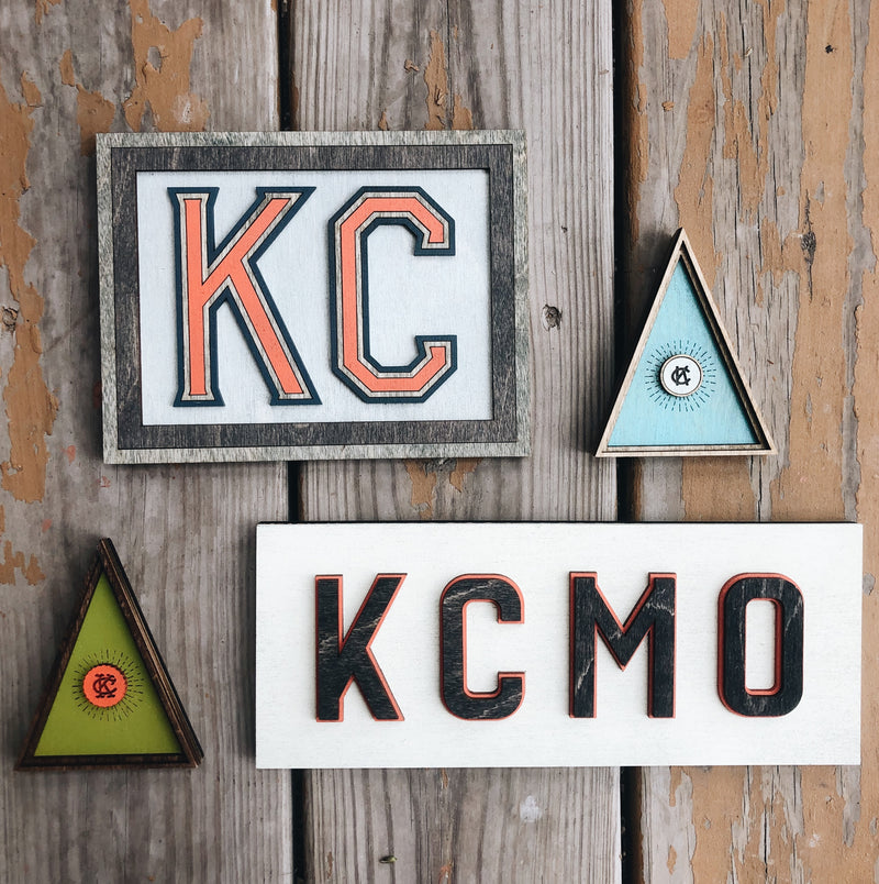 Wee Woodworks KC Triangle Desk Ornament - Green