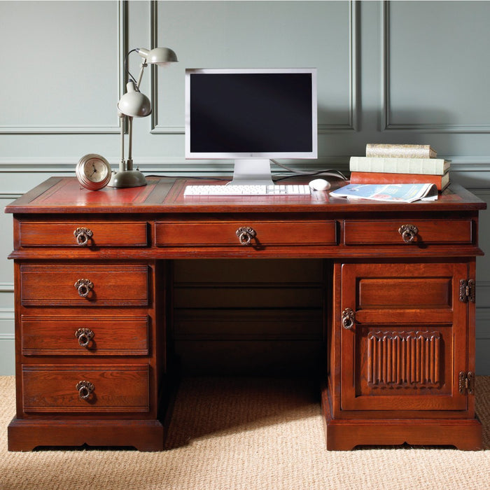 Old Charm Pedestal Desk