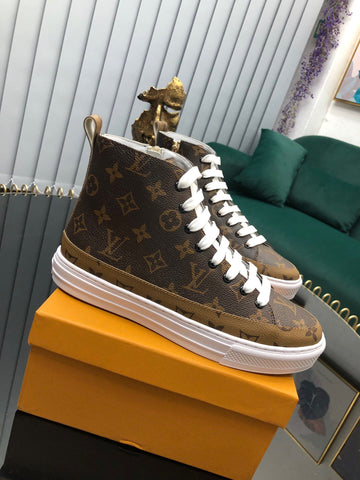 Tênis Louis Vuitton - Cano Alto