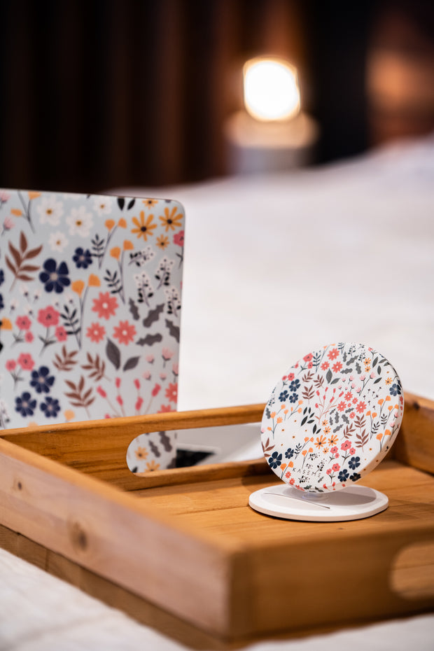 Jasmine wireless charger