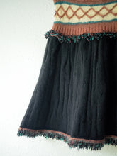 Load image into Gallery viewer, Vintage Missoni Merino Wool Skirt (S/M)