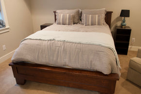 Pottery Barn Wooden Queen Bed