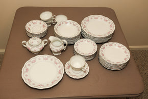Vintage Collection of Johann Haviland Bravaria Germany Dinnerware