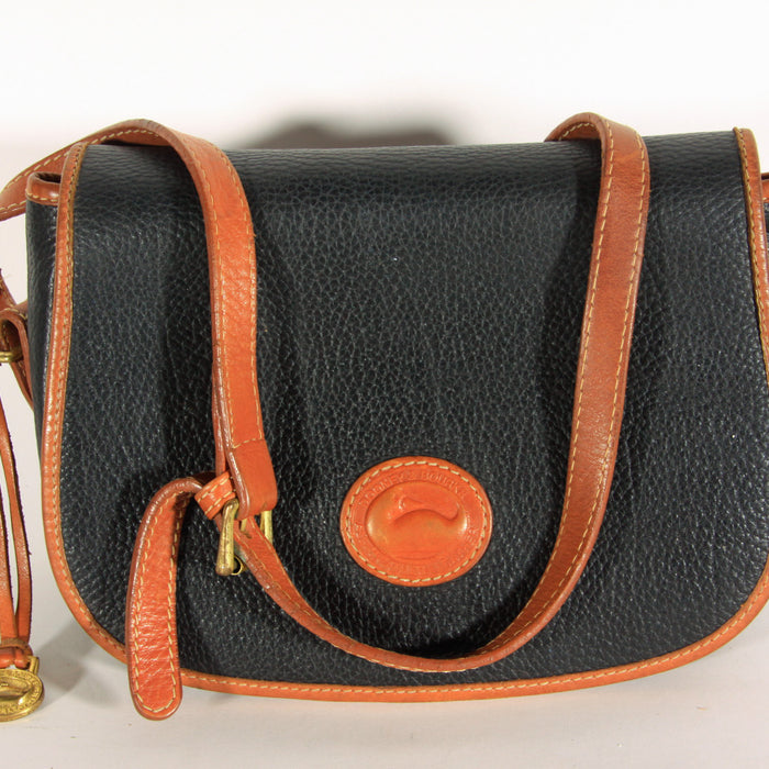 d464abb8e Click to enlarge. Home Vintage Dooney and Bourke Crossbody Bag