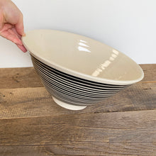 Load image into Gallery viewer, AFRICA MODERN SALAD BOWL IN STRIPES