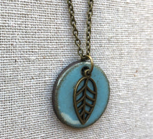 Load image into Gallery viewer, CHARM NECKLACE  WITH LEAF IN TURQUOISE