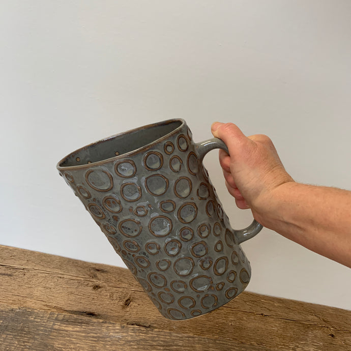 SLATE MILK BAG HOLDER WITH CIRCLES