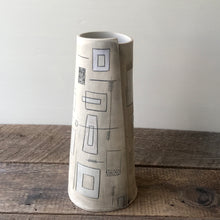 Load image into Gallery viewer, GEO MODERN TAPER VASE 11
