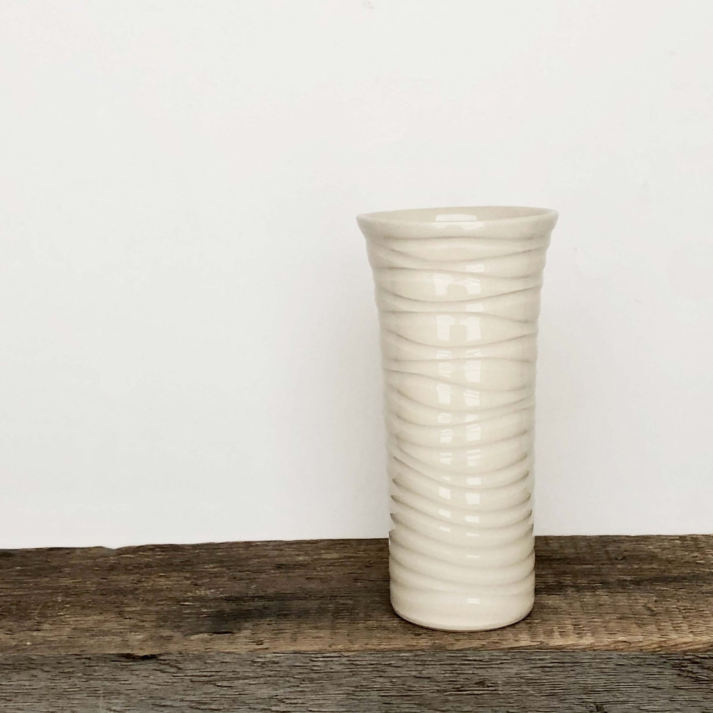 IVORY TALL CUP IN WAVE