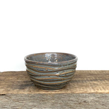 Load image into Gallery viewer, SLATE MEDIUM DIP BOWL SET OF 3