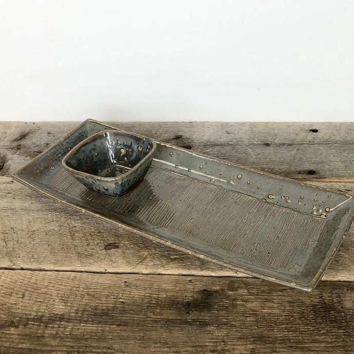 SLATE SKINNY STRIPED SERVING PLATTER SET