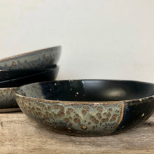 Load image into Gallery viewer, MIDNIGHT SHALLOW BOWLS SET OF 4