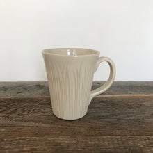 Load image into Gallery viewer, IVORY MUG 16 OUNCES WITH CARVED BLADES OF GRASS