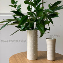 Load image into Gallery viewer, IVORY SMALL CYLINDER VASE WITH DOTS