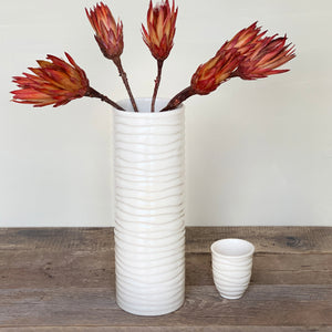 IVORY CYLINDER VASE IN WAVE-EXTRA LARGE