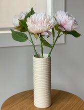 Load image into Gallery viewer, IVORY CYLINDER VASE IN WAVE