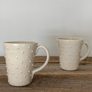 IVORY MUG WITH DOTS - 16 OUNCES