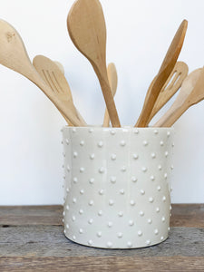 IVORY UTENSIL HOLDER WITH DOTS