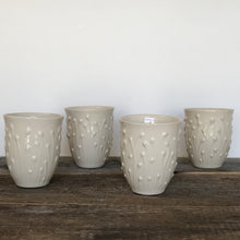 Load image into Gallery viewer, IVORY WINE CUPS IN ENOKI