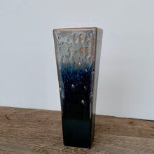 Load image into Gallery viewer, MIDNIGHT SQUARE VASE