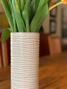 OATMEAL CYLINDER VASE WITH WAVES