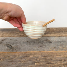Load image into Gallery viewer, OATMEAL SALT POT WITH SPOON