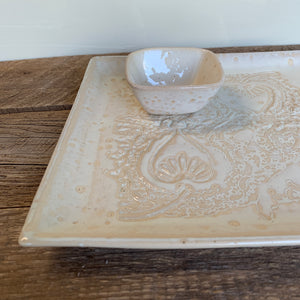 "OATMEAL SMALL SQUARE PLATTER SET IN MEHNDI (11""X11"")"