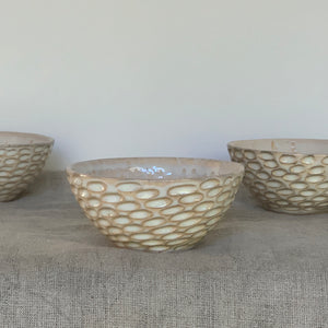 OATMEAL SMALL EVERYDAY BOWLS IN CORAL