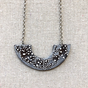 OONA NECKLACE