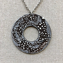 Load image into Gallery viewer, Circle Contemporary Black and White Necklace