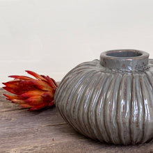 Load image into Gallery viewer, SLATE ARIAH VASE