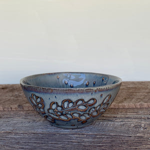 SLATE SMALL EVERYDAY BOWLS IN BRANCHES