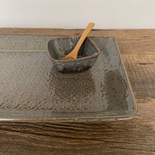 Load image into Gallery viewer, SLATE LARGE RECTANGLE PLATTER SET IN BAROQUE