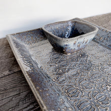 "Load image into Gallery viewer, SLATE MEDIUM RECTANGLE PLATTER SET WITH BAROQUE (7.5"" X 12.5)"