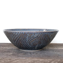 Load image into Gallery viewer, SLATE LINDA SERVING BOWL IN WOOD GRAIN
