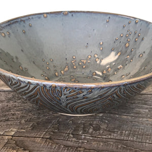 SLATE LINDA SERVING BOWL IN WOOD GRAIN