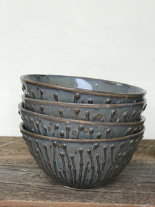 SLATE MEDIUM EVERYDAY BOWL WITH PUSSY WILLOWS