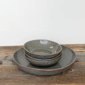 SLATE SHALLOW SERVING BOWL