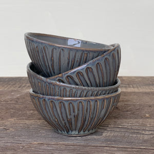 SLATE SMALL EVERYDAY BOWL WITH STRIPES