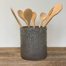 Load image into Gallery viewer, SLATE UTENSIL HOLDER WITH PUSSY WILLOWS