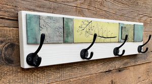 SMALL COAT RACK IN GREEN TONES
