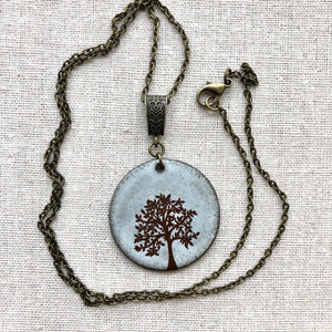 TREE OF LIFE NECKLACE IN WHITE