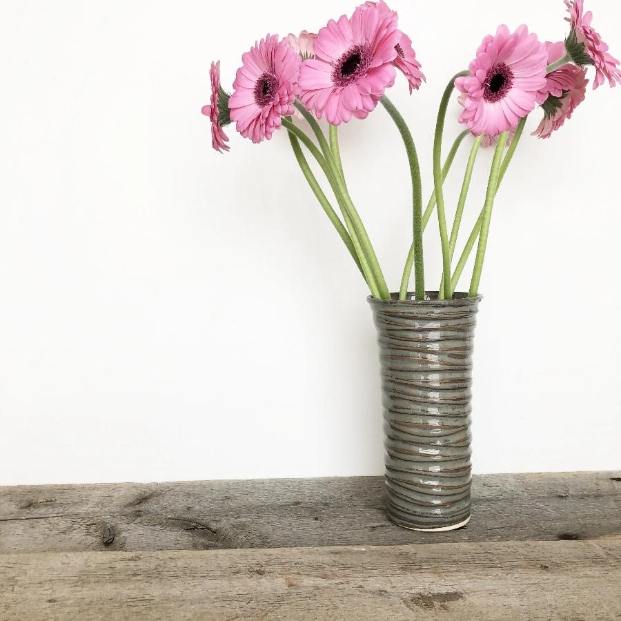 SLATE TINA VASE IN WAVE