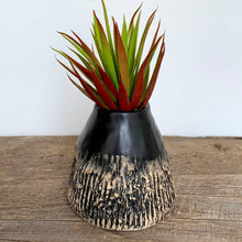 Load image into Gallery viewer, AFRICA MODERN SANELE VASE