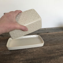 Load image into Gallery viewer, IVORY BUTTER DISH WITH DOTS
