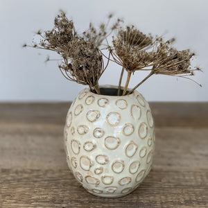 OATMEAL SUZIE VASE WITH CIRCLES