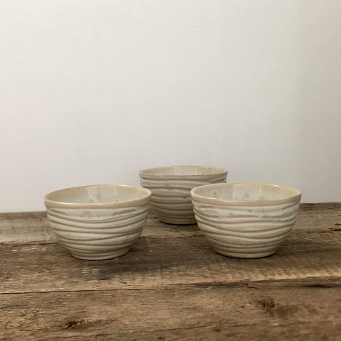 OATMEAL MEDIUM DIP BOWL SET OF 3